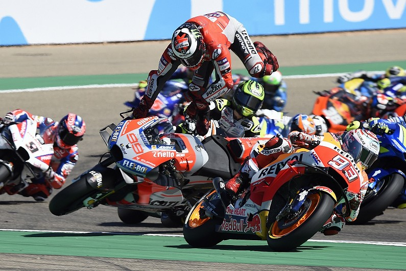 Honda Had To Expect 2019 Motogp Team Mates Marquez Lorenzo To Clash