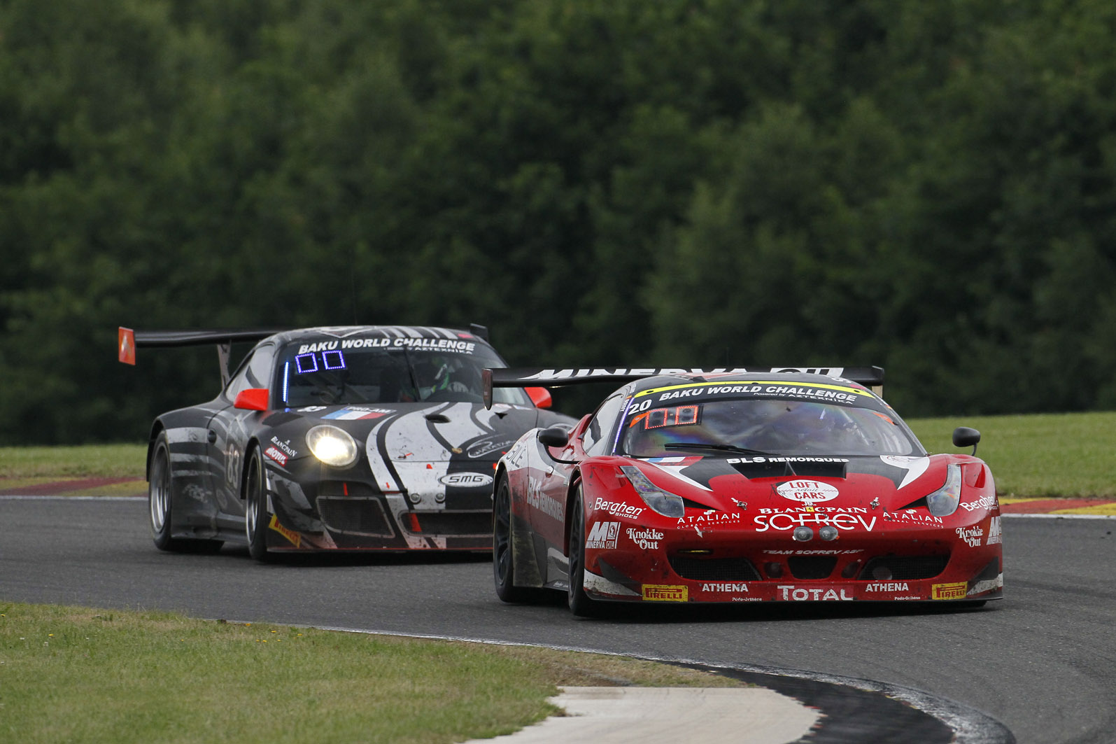 Htp Mercedes Outmuscles Manthey Porsche In The 24 Hours Of Spa Okruhy
