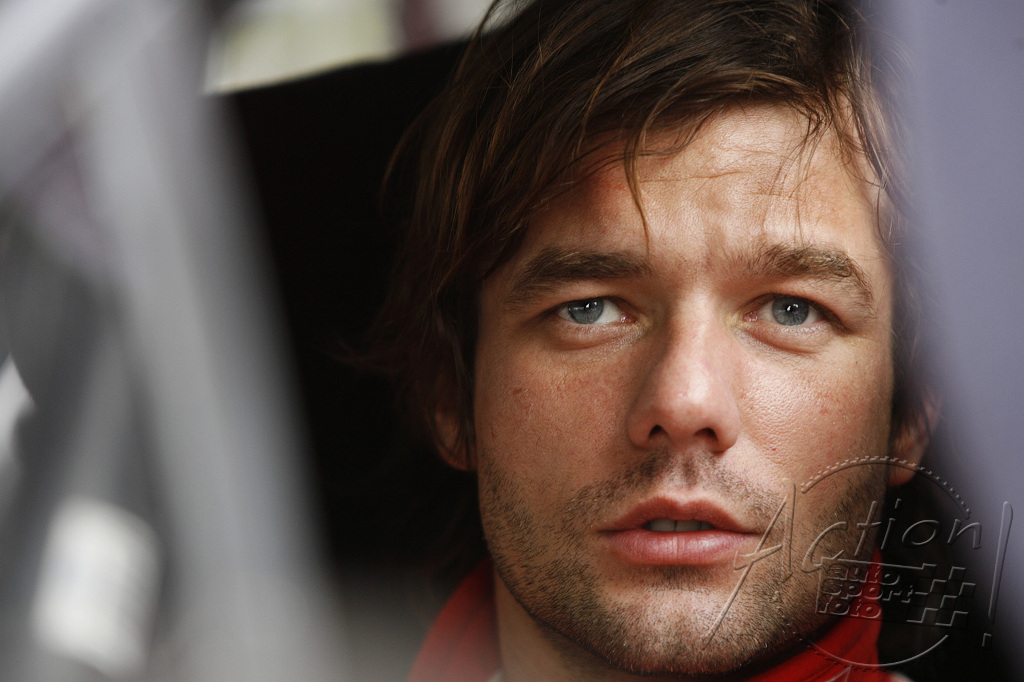 Sebastien loeb valentine loeb for Terrasse pronunciation