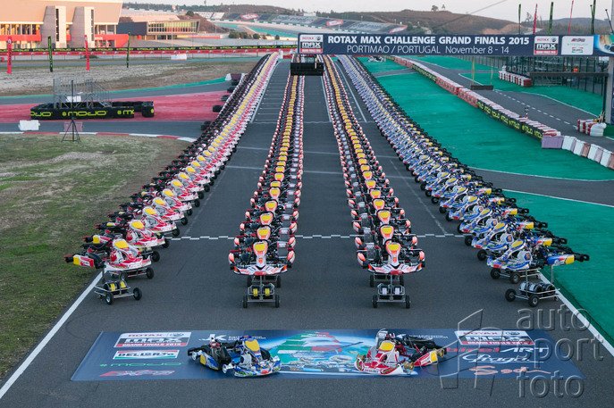Copyright manufacturer;kart-line-up-3.jpg